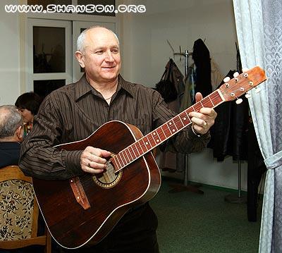 Слушайте песни Евгения Ломакина