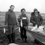 1980г. Дудинка, Енисей, рыбалка. Д.Шварц, Алик Радзинский и Гена бармен.