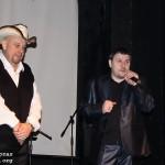 На сцене ведущий концерта И.Московский и продюсер В.Головачев