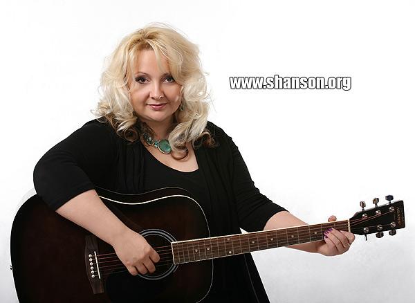 Елина Шаронова