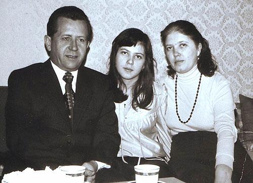 Борис Котлярчук с супругой и дочерью
